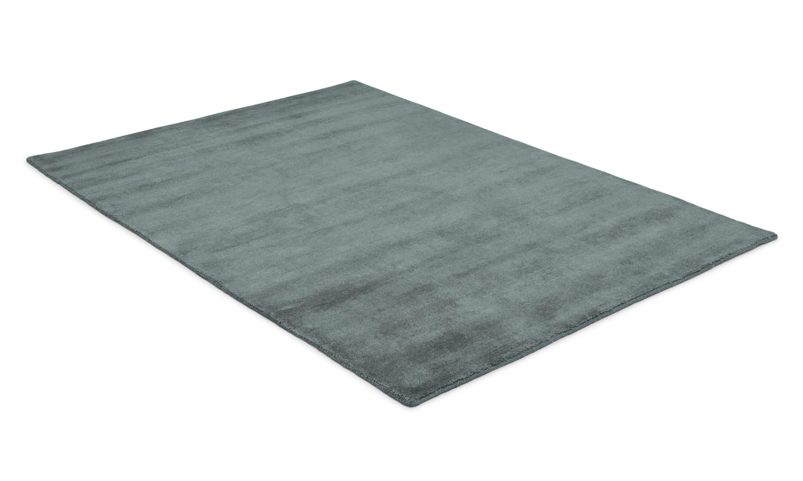 Aran grå - handknuten matta